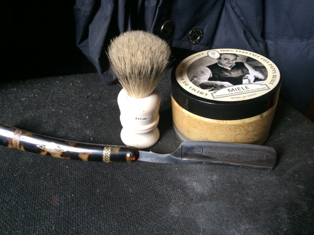 Shave of the Day / Rasage du jour Img_1613