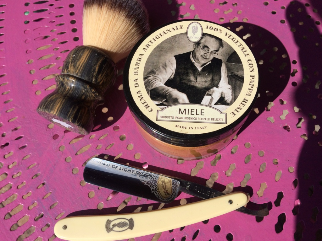 Shave of the Day / Rasage du jour - Page 26 Img_2614