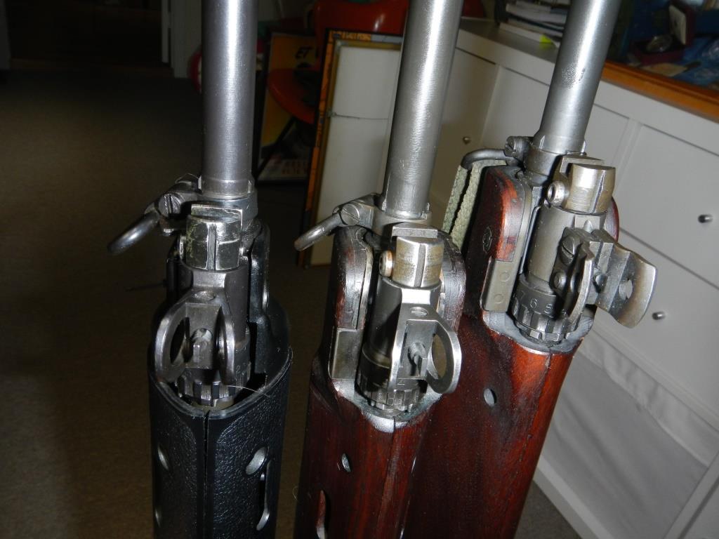 Les trois fusils FAL du Commonwealth réunis ensemble pour des photos 10_cop19