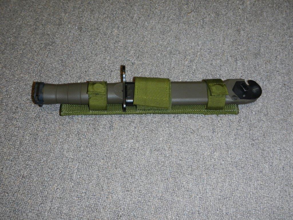 La baïonnette canadienne «Bayonet 2000» 118