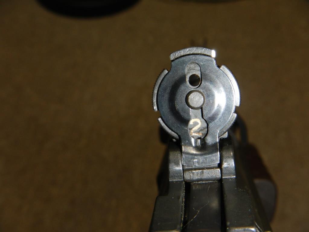 Fusil FN C1A1 et Fusil-mitrailleur FN C2A1 du Canada - Page 2 1517