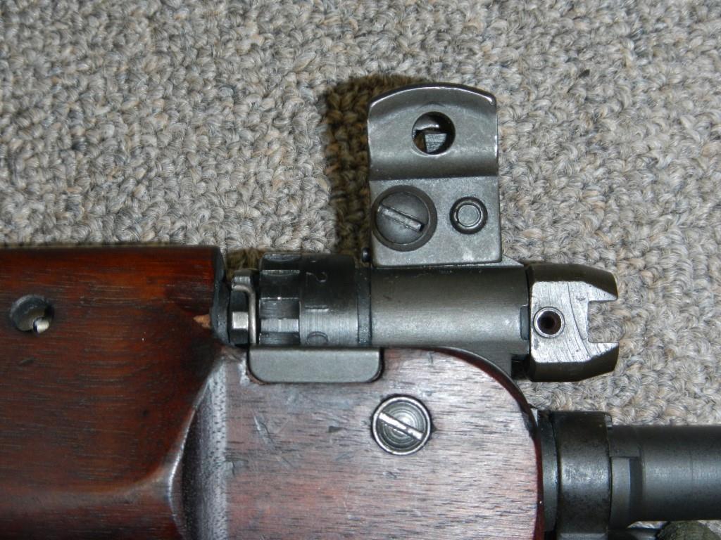 Fusil FN C1A1 et Fusil-mitrailleur FN C2A1 du Canada - Page 2 1615