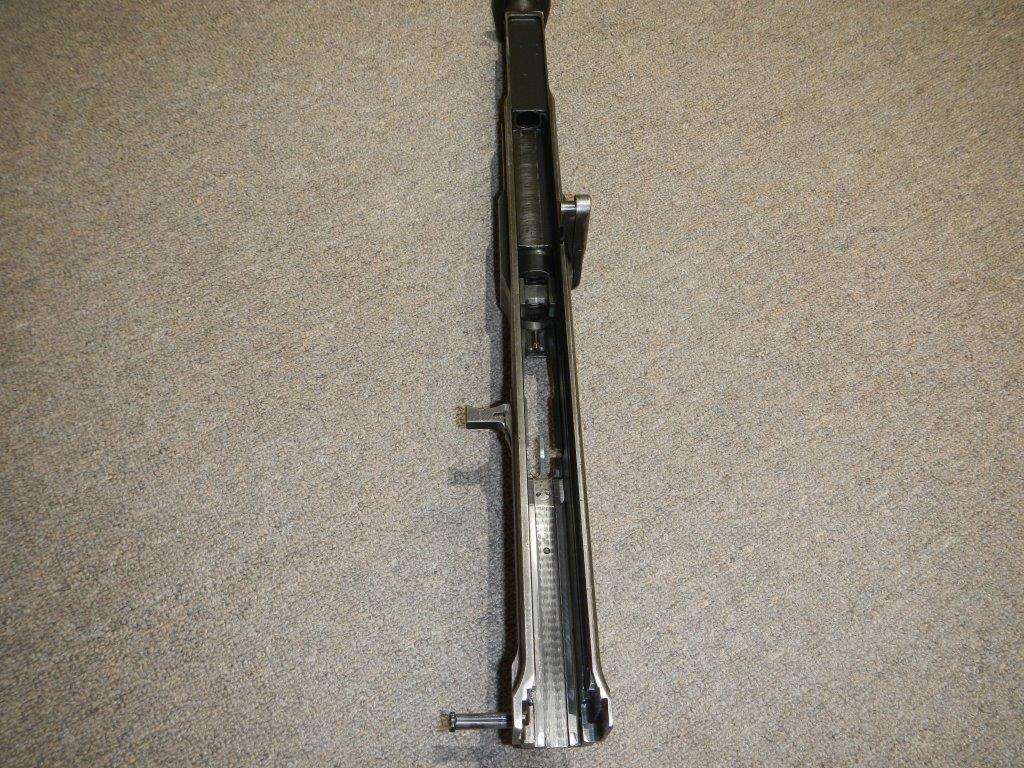 Le fusil-mitrailleur BREN MK II fabriqué au Canada par la Compagnie John Inglis 2010