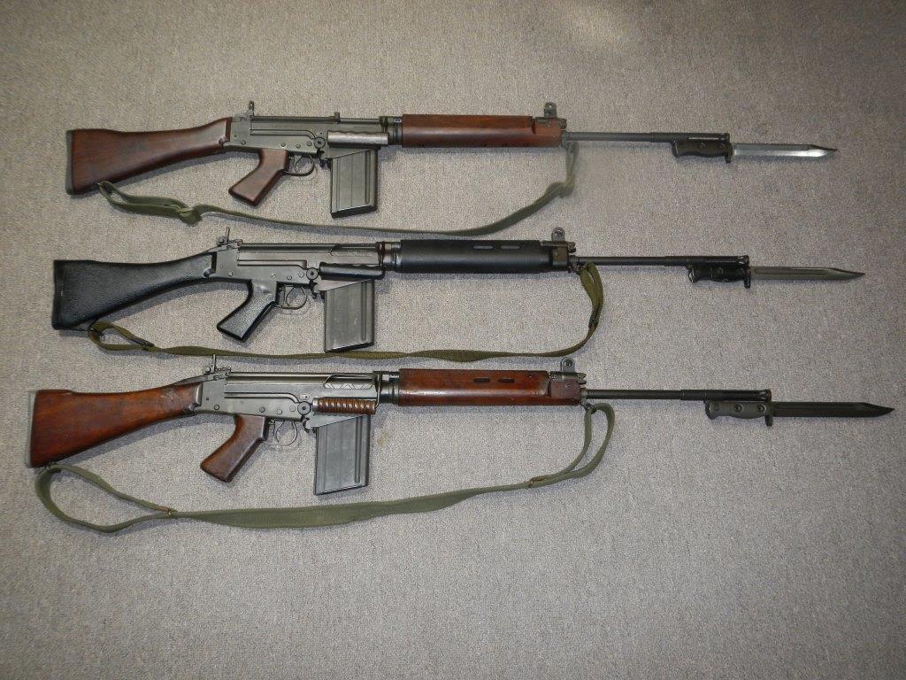 Les trois fusils FAL du Commonwealth réunis ensemble pour des photos 20_cop12