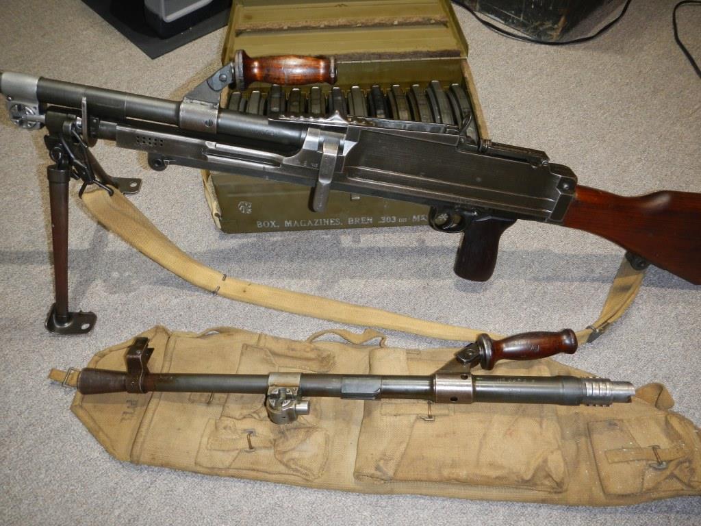 Le fusil-mitrailleur BREN MK II fabriqué au Canada par la Compagnie John Inglis 223