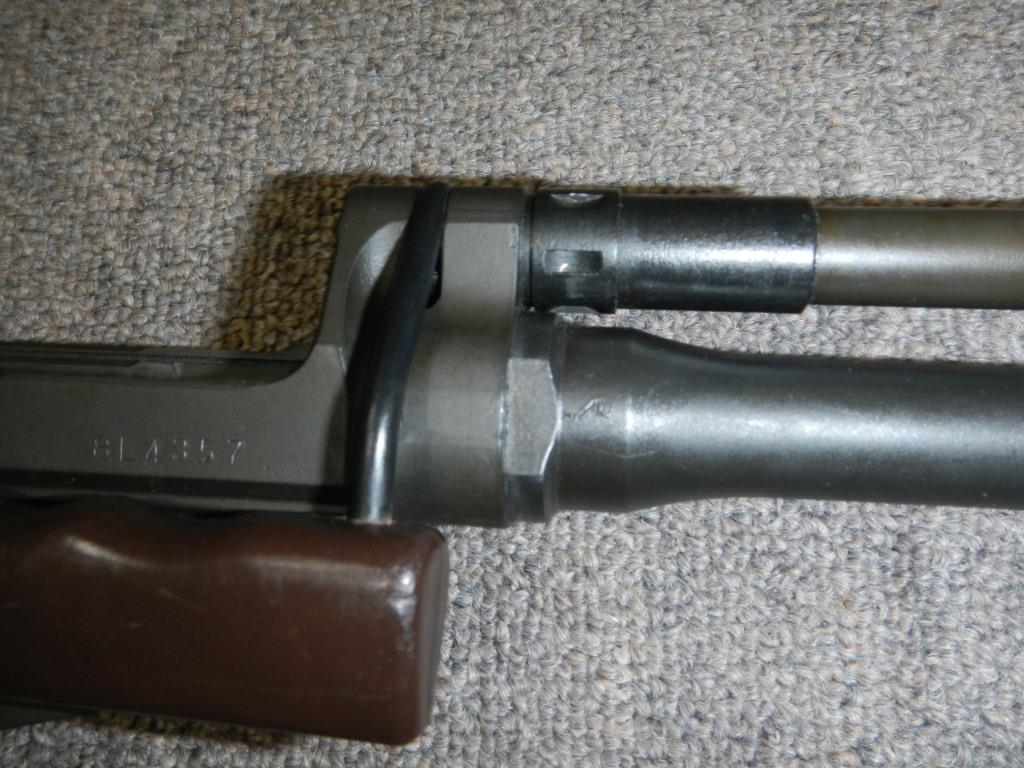 Fusil FN C1A1 et Fusil-mitrailleur FN C2A1 du Canada - Page 2 2311