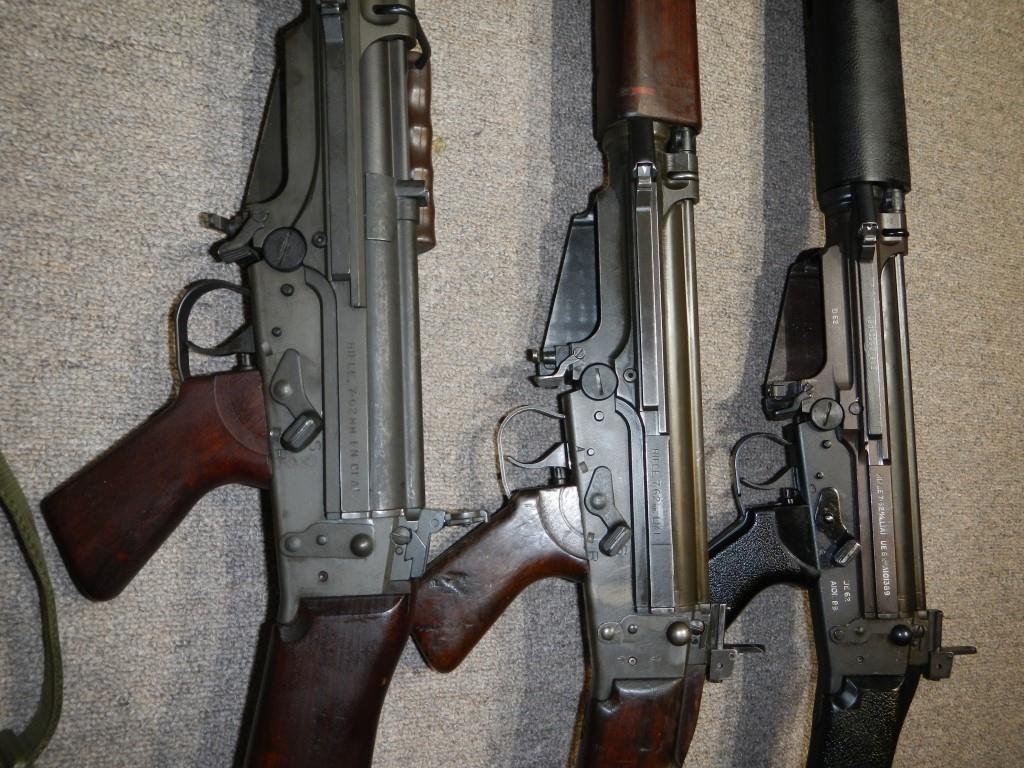 Les trois fusils FAL du Commonwealth réunis ensemble pour des photos 3_copy23