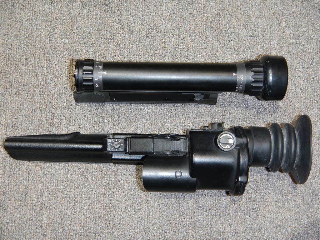 Les télescopes «Sniper Scope C1» et «SUIT L2A2» côte-à-côte 4_copy21