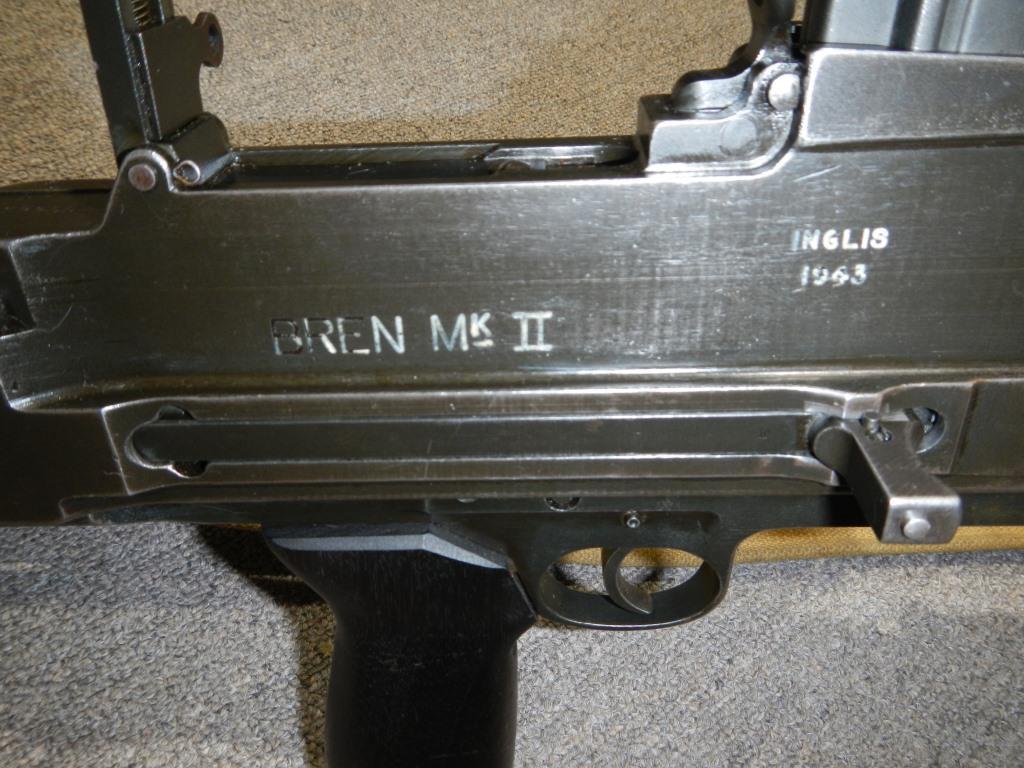 Le fusil-mitrailleur BREN MK II fabriqué au Canada par la Compagnie John Inglis 518