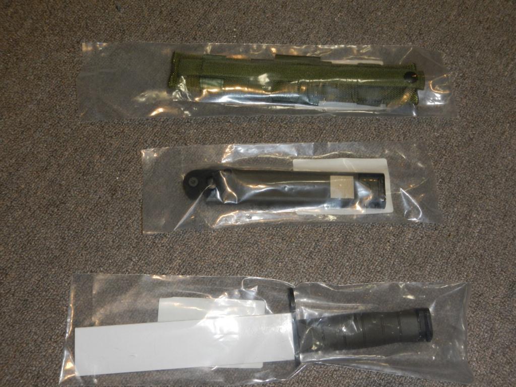 La baïonnette canadienne «Bayonet 2000» 715