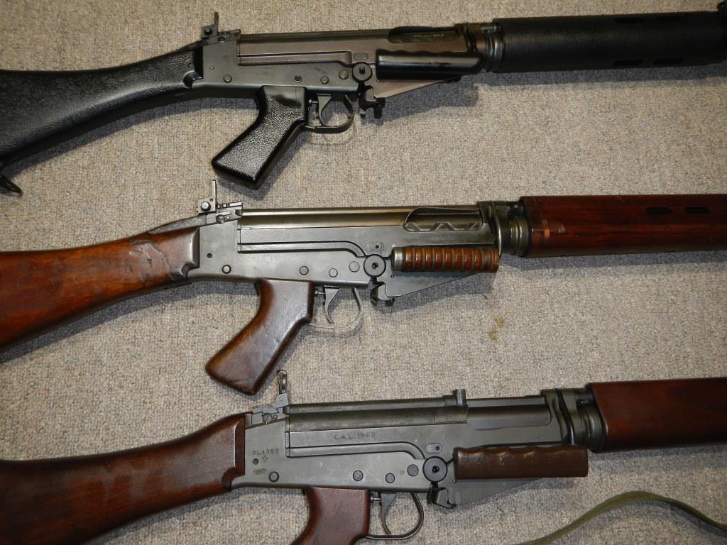 Les trois fusils FAL du Commonwealth réunis ensemble pour des photos 7_copy20