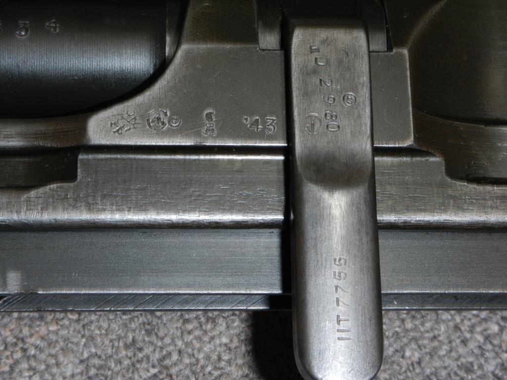 Le fusil-mitrailleur BREN MK II fabriqué au Canada par la Compagnie John Inglis 913