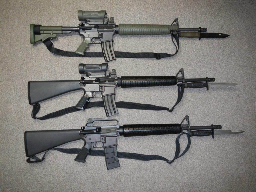 Les clones du fusil C7, C7A1 et C7A2 canadien 5,56 mm (Diemaco / Colt Canada) Dscn4913