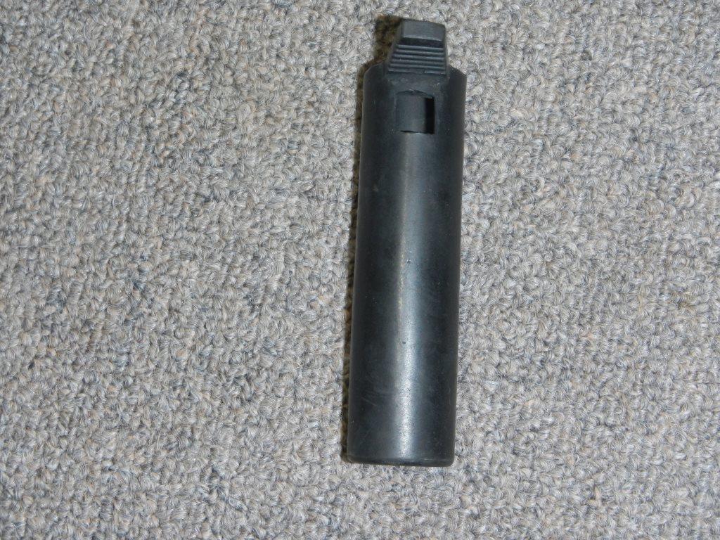 Fusil FN C1A1 et Fusil-mitrailleur FN C2A1 du Canada - Page 2 Dscn4916