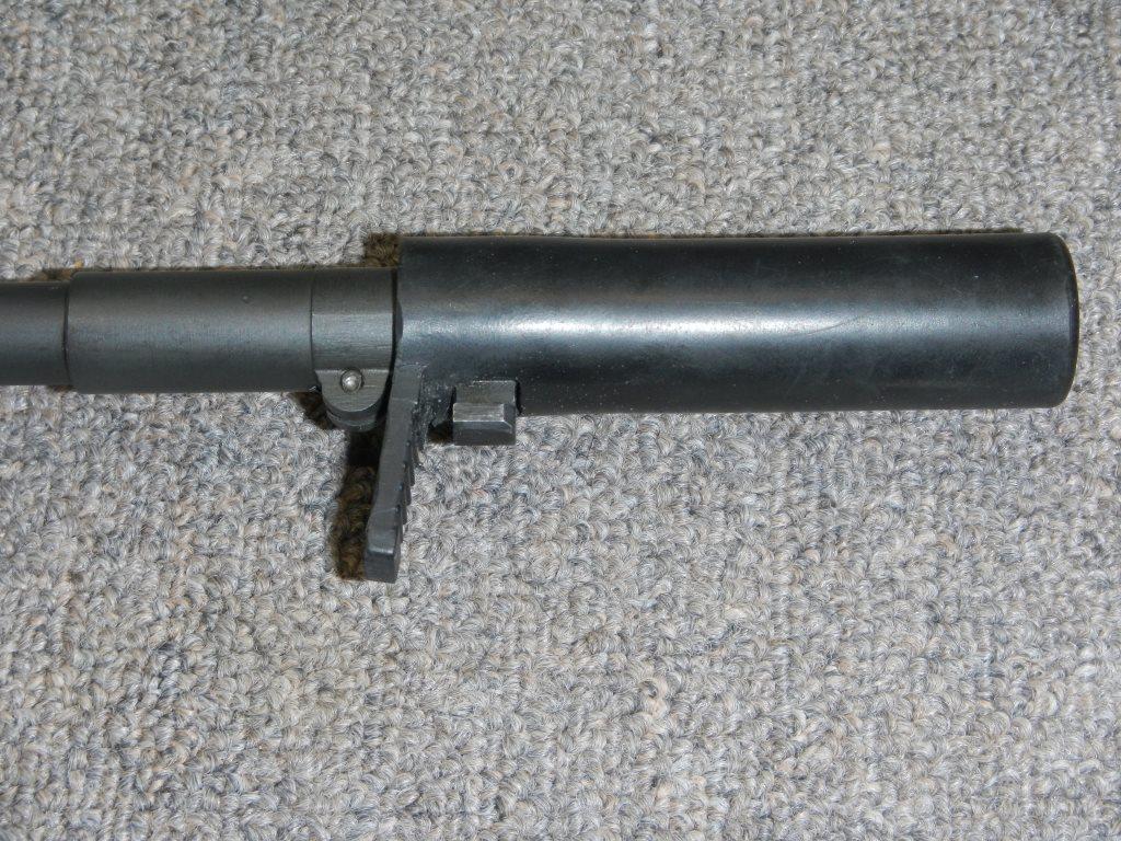 Fusil FN C1A1 et Fusil-mitrailleur FN C2A1 du Canada - Page 2 Dscn5010