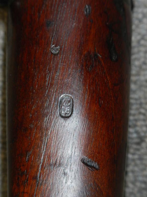 Marquage crosse Lee Enfield Long Branch n°4 mk1* Dscn5119