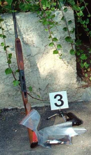 Photo's of mass murderer's weapons - Page 2 Image_10