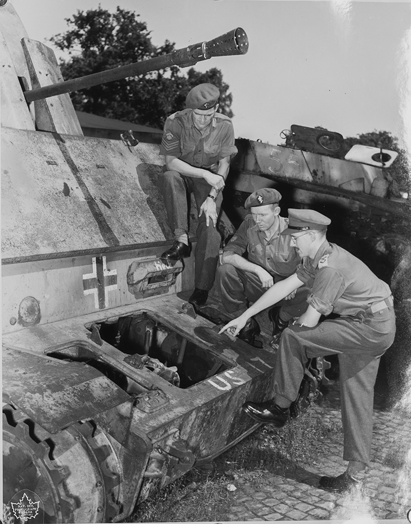 Could my information be useful? 194 Inf Wksp RCEME 1951/2 Rceme_10