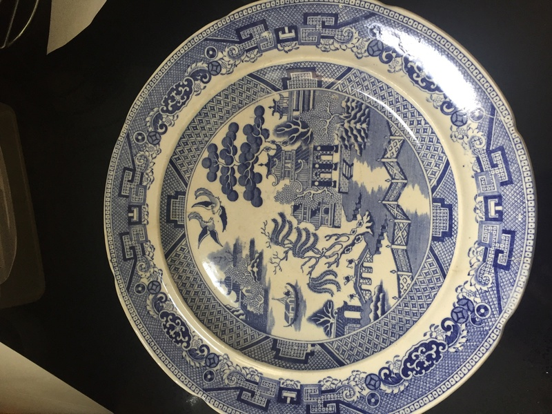 Willow pattern plate - Middlesbro Pottery. Isaac Wilson & Co 1834-52 28890210