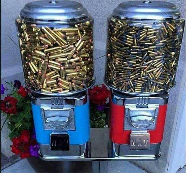 Maquinita dispensadora de balas 18118410