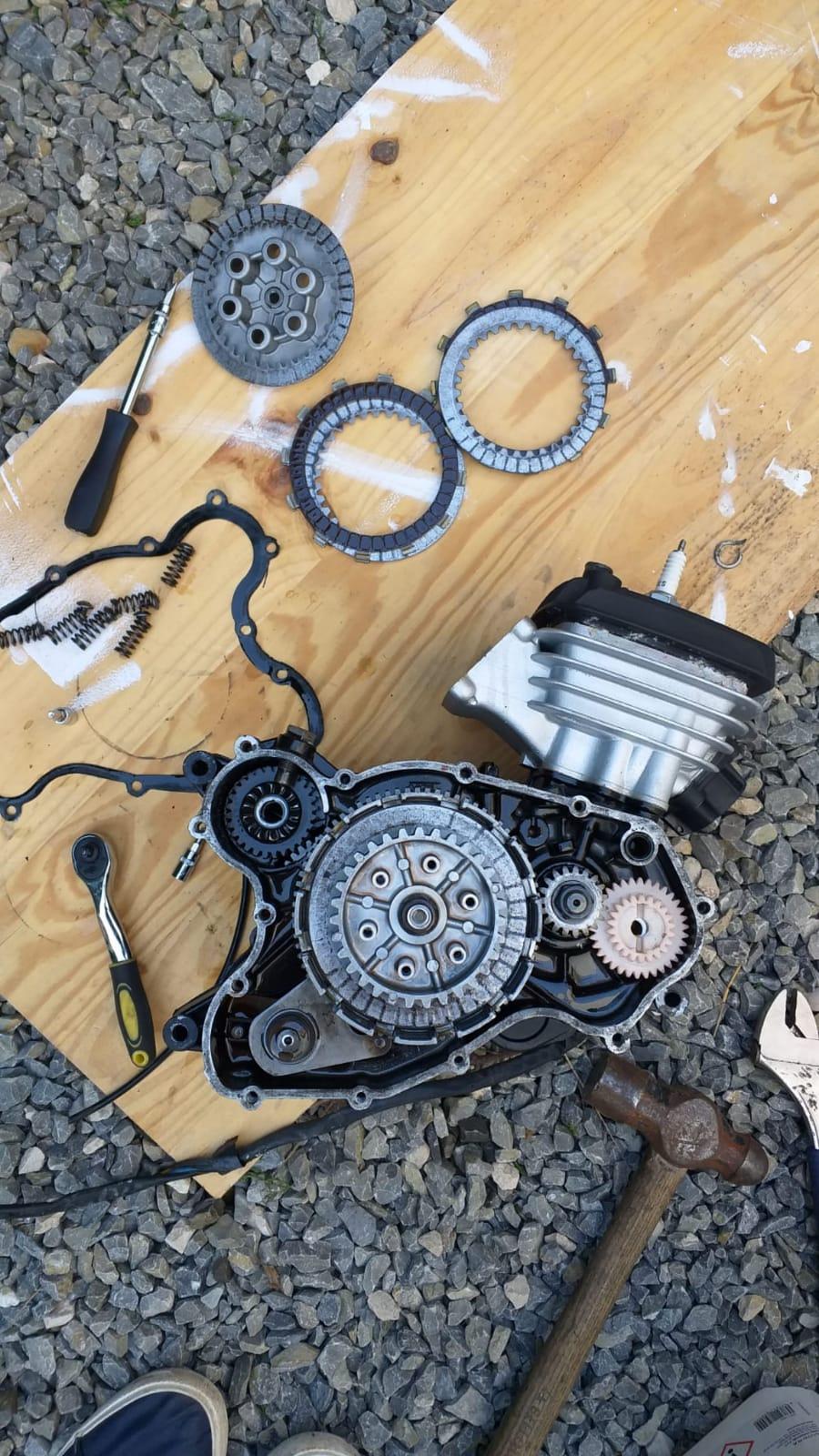 Rieju MR 80, transformación y restauración. - Página 2 Img-2010