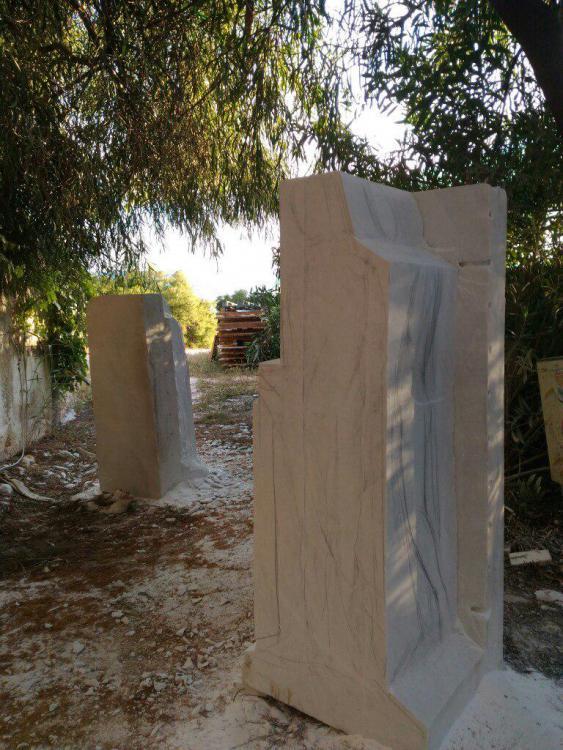 Sculptures faites pour l'hôtel en Sicile Hcz9c810