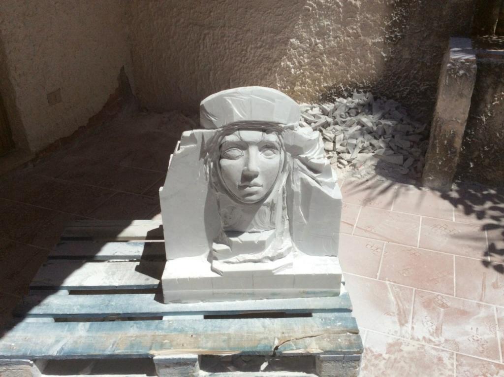 Sculptures faites pour l'hôtel en Sicile Rfwhdl11