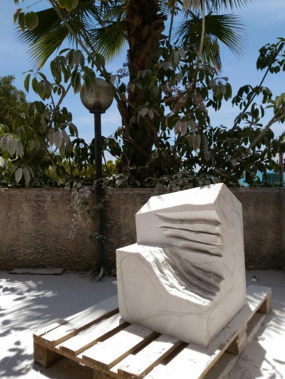 Sculptures faites pour l'hôtel en Sicile Vqtacq10