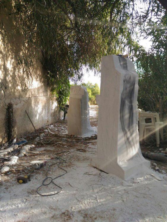 Sculptures faites pour l'hôtel en Sicile Xv2que10