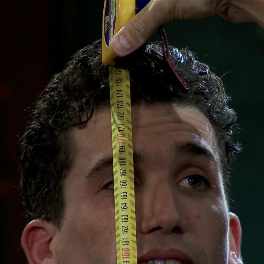 ¿Cuánto mide Jaime Lorente? - Altura - Página 2 20201128