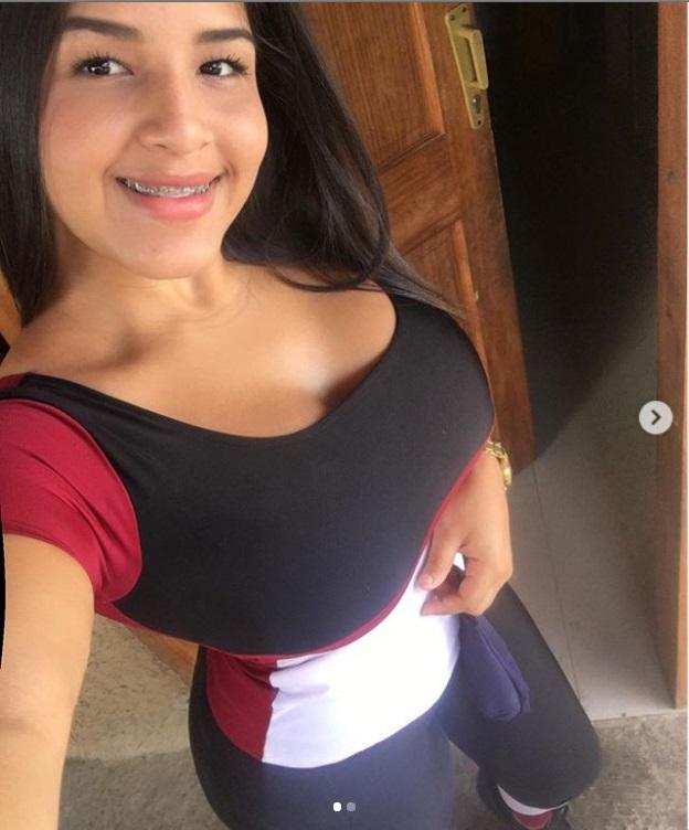DEBATE sobre belleza, guapura y hermosura (fotos de chicas latinas, mestizas, y de todo) - VOL II - Página 7 Dffd10