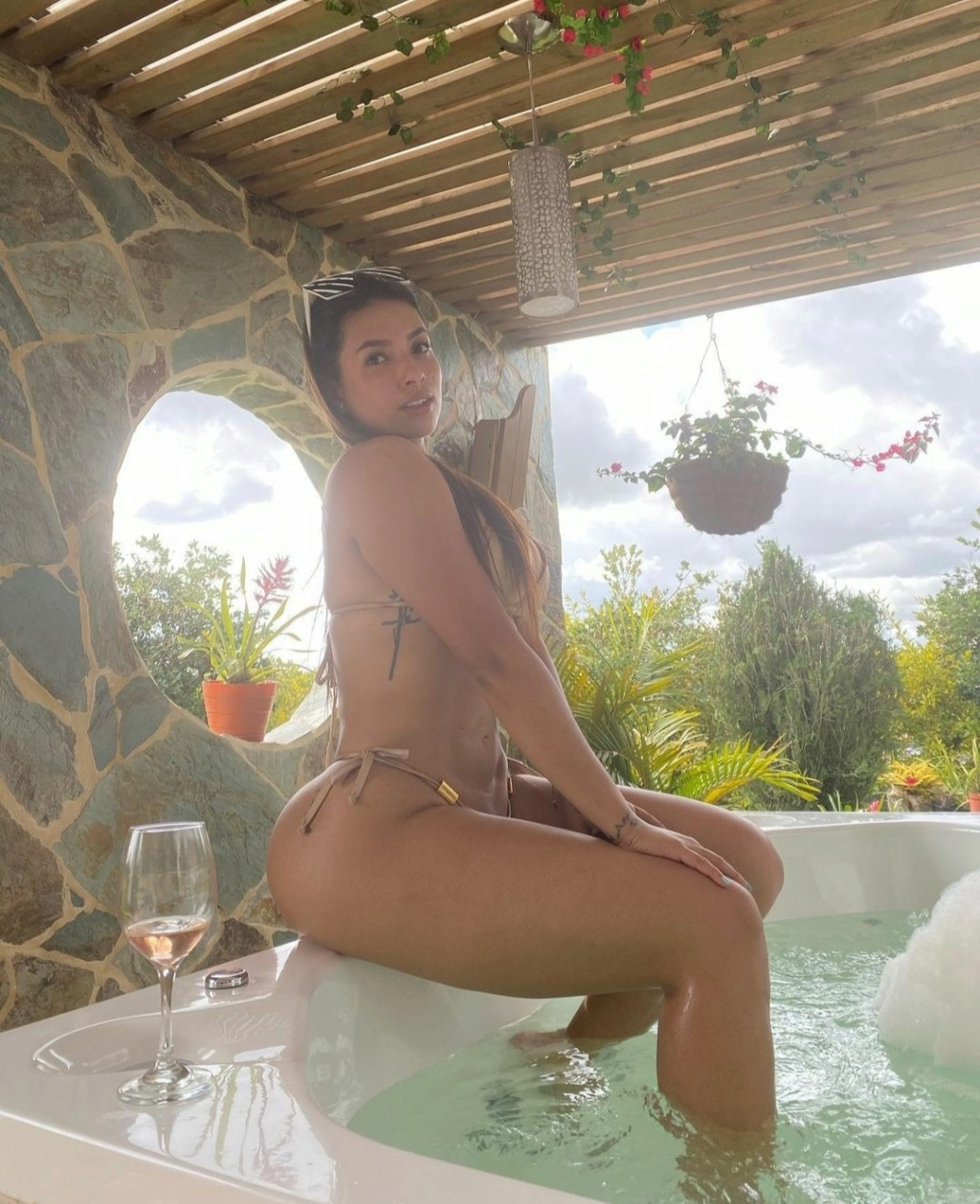 DEBATE sobre belleza, guapura y hermosura (fotos de chicas latinas, mestizas, y de todo) - VOL II - Página 8 Img_1382