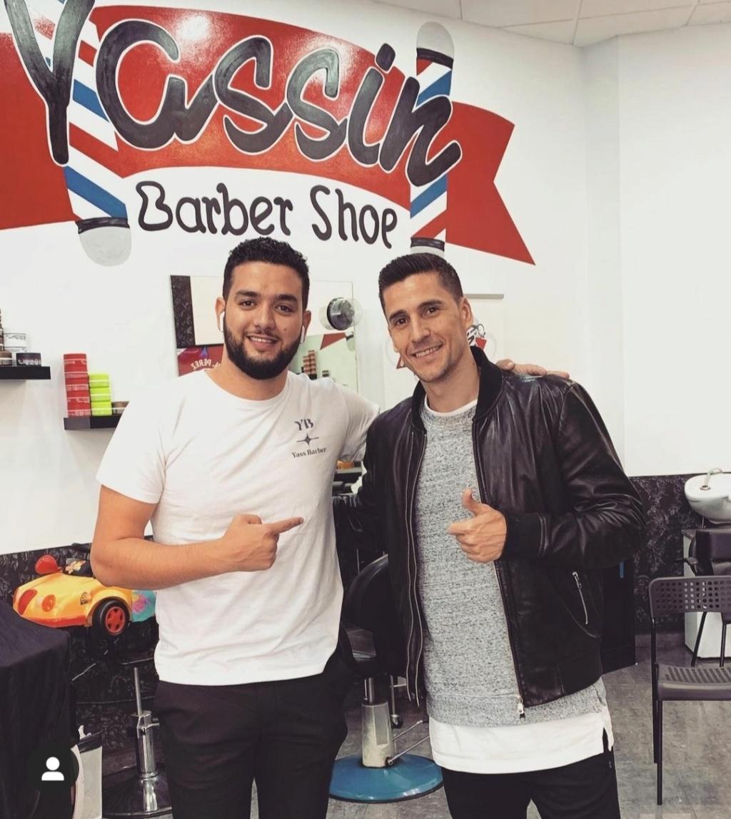 ¿Cuánto mide el peluquero Yassin Barbershop? - Altura Img_1504