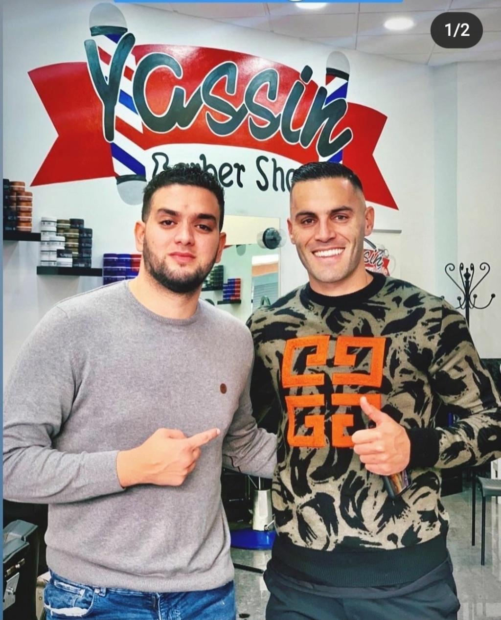 ¿Cuánto mide el peluquero Yassin Barbershop? - Altura Img_1505