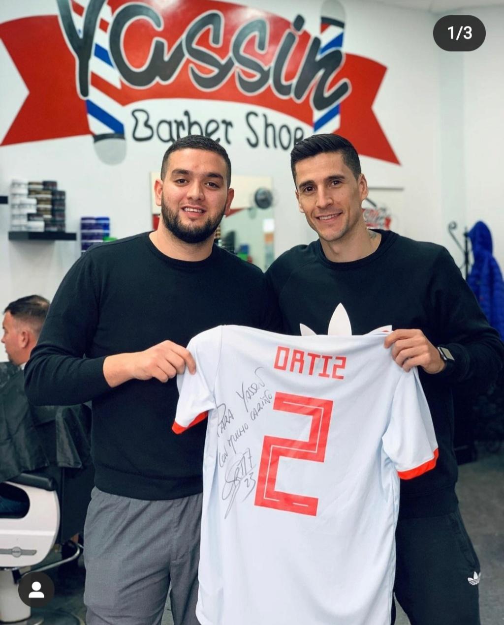 ¿Cuánto mide el peluquero Yassin Barbershop? - Altura Img_1512