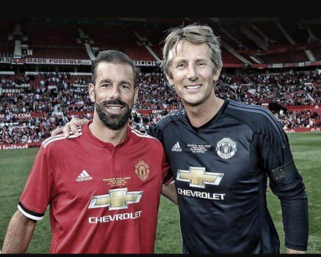 ¿Cuánto mide Ruud Van Nistelrooy? - Real height Img_2292