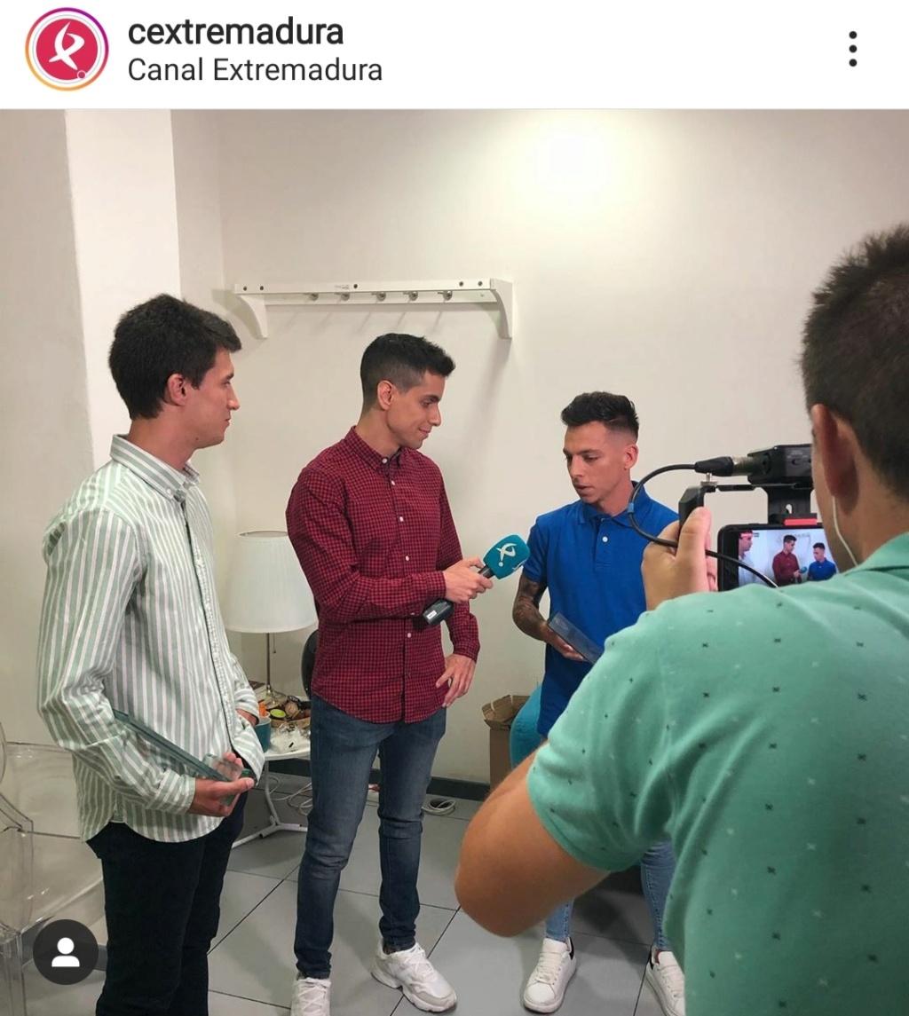 ¿Cuánto mide Álvaro Romero? - Altura real descalzo: 1,58 - Real height Img_2848