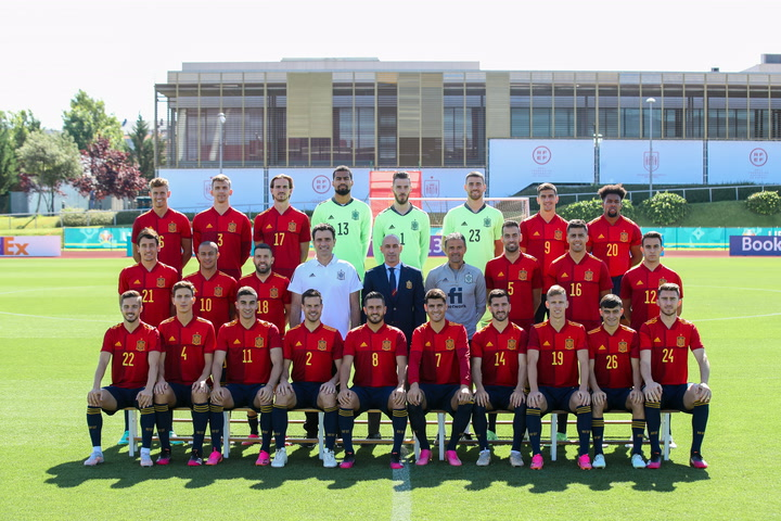 Hilo de la selección de España (selección española) - Página 2 Poster10