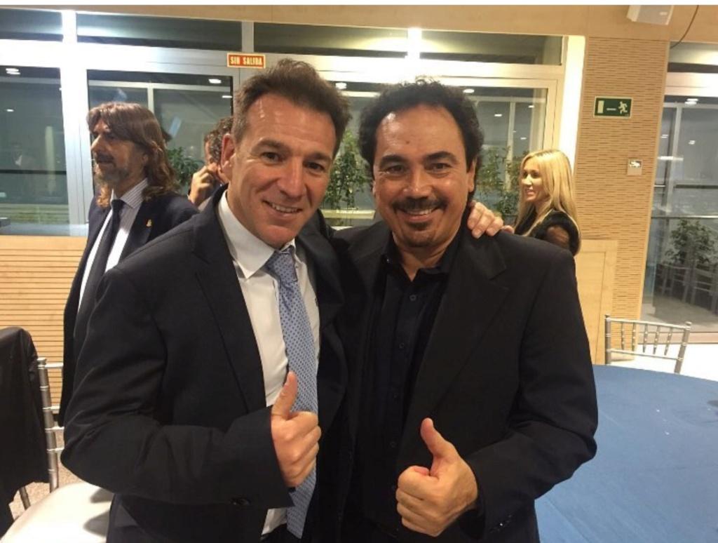 ¿Cuánto mide Iván Pérez Muñoz? Screen15