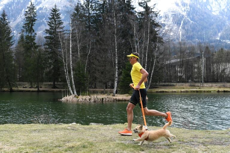 Le fabuleux destin de Dion et Gobi, le coureur et sa chienne devenus stars De_dio10