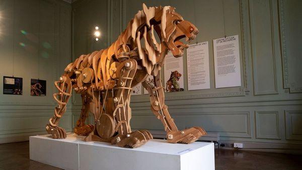 Le lion mécanique de Léonard de Vinci exposé à Paris Forum_12
