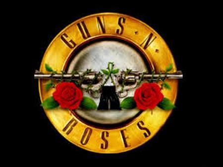 Guns N' Roses porte plainte.... Gun_en10
