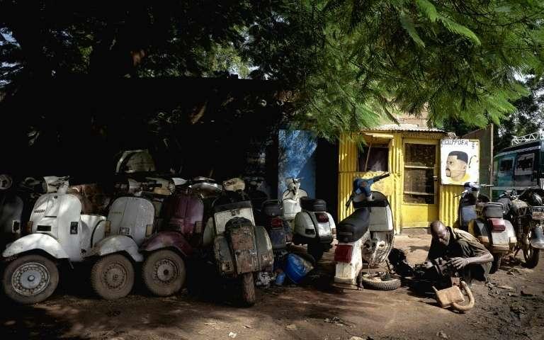 Passion Vespa à Bamako Vespa010