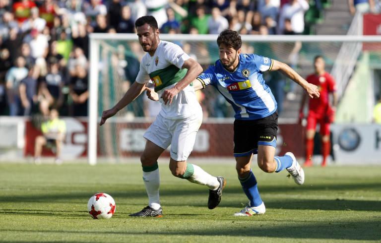 Victoria del Elche frente al Hércules en la jornada 5 de la Liga. Elche-10