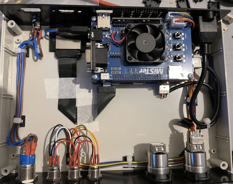 [WIP] : MiSTer FPGA dans un boitier custom - Page 2 A9705c10