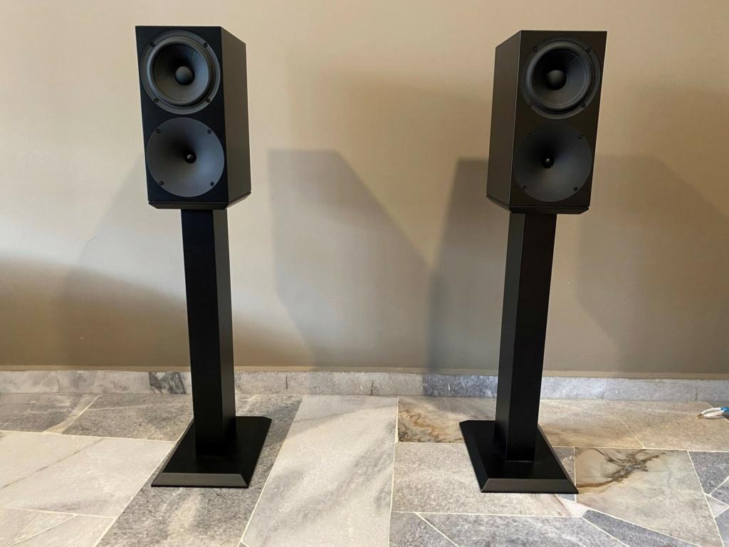 Buchardt S400 Speakers (used) Img_0511