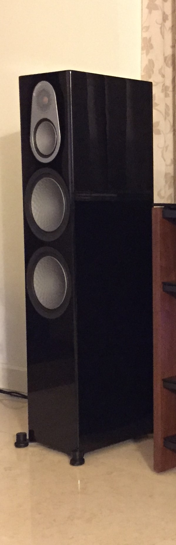 Monitor Audio Silver 500 Speakers (used) Left_210