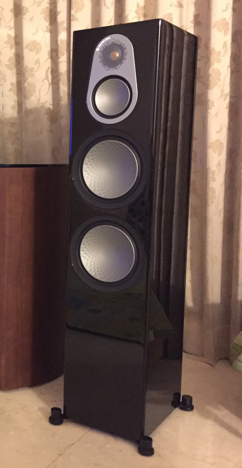 Monitor Audio Silver 500 Speakers (used) Right10