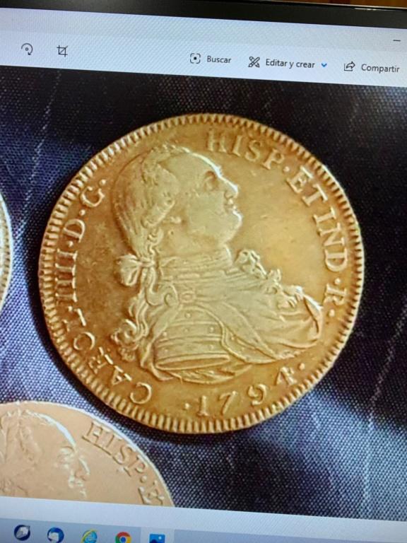 8 escudos de Carlos IIII de oro 179410