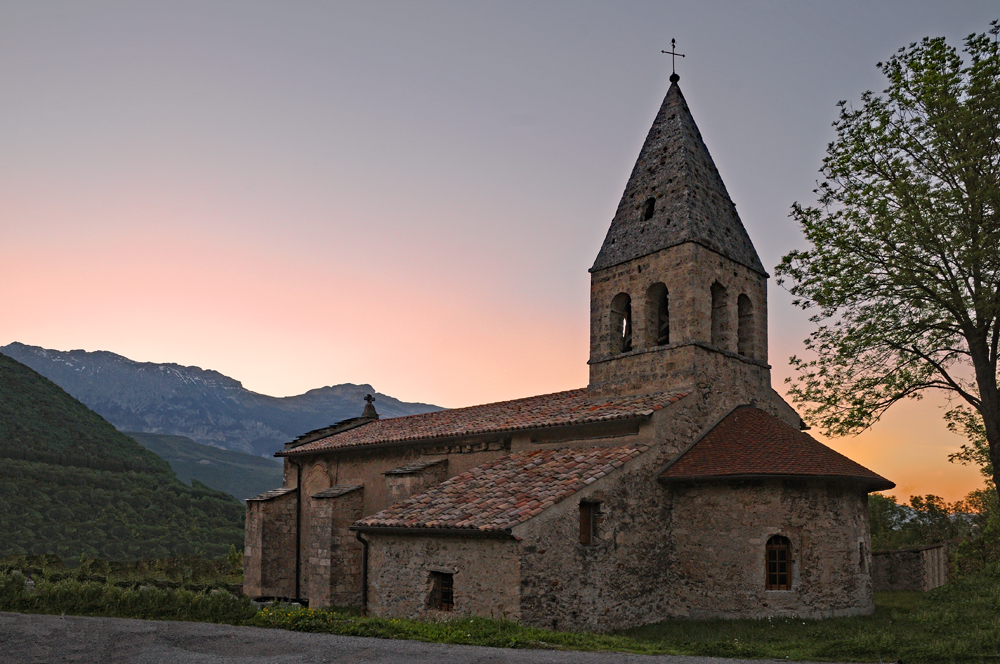[Architecture et Graphisme] Chapelle au coucher du soleil 1000_030
